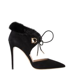 Venta de calzado y accesorios de las mejores marcas de lujo. Venta De  Calzado, d7b0ac25c3