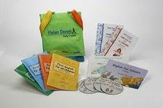 Play on este un curs avansat pentru copiii care au deja au mai mulți ani de cursuri de limba engleză prin metoda Helen Doron. Play on poate fi folosit ca o continuare, este un curs avansat pentru copiii cu vârste cuprinse între 5-10 ani cu o bază în limba engleză. Play On in English pune accentul pe dezvoltarea limbii engleze vorbite și include opțional scris și citit Play on este potrivit și copiilor vorbitori nativi de limba engleză care vor un curs recapitulativ de scris și citit. Helen Doron