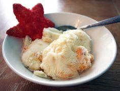 Homemade Peaches and Cream Ice Cream |Full and Content