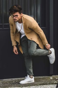 44 Cozy Casual Style Outfits Trending Now fashion Stylish Outfit Ideas Stylish Men, Stylish Outfits, Trending Now Fashion, Outfit Chic, Fashion Mode, Fashion Trends, Fashion Clothes, Fashion Blogs, Casual Clothes