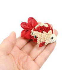 Japanese Flowers, Japanese Art, Chain Headpiece, Diy And Crafts, Arts And Crafts, Wonderful Flowers, Kanzashi Flowers, Ribbon Art, My Princess