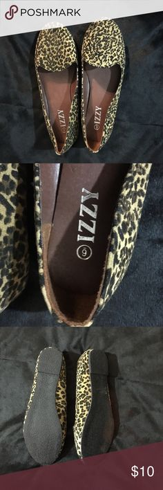 Leopard Flats Never used, but very thin flats. Bought them but I need something with more support. Shoes Flats & Loafers