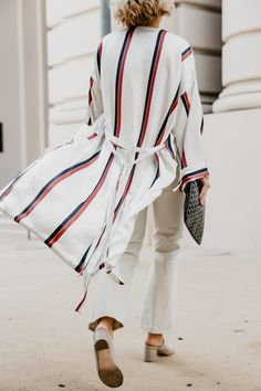 50a70da2c42 How to Wear All-White with White Jeans for Fall