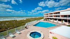 You'll have tons of Anna Maria Island fun when you visit Anna Maria Island Club 17! You'll love this gulf front beach rental for 4! Book your stay at IslandReal.com