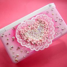 lovely pink Nintendo DS