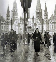 In der Tauentzinstrasse,1936