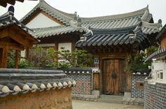 Beautiful Korean house( hanok jip)