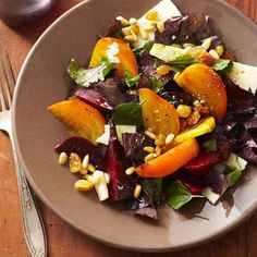Roasted Beet Salad with Golden Raisins and Pine Nuts. Rosemary-seasoned beets are tender and full of antioxidants. Mix in golden raisins and Manchego cheese for a mouthwatering spring dinner. Start to Finish: 1 hr 20 mins Red Quinoa Salad, Roasted Beet Salad, Beet Salad Recipes, Veggie Recipes, Big Salad, Diet Recipes, Healthy Spring Recipes, Healthy Dinner Recipes, Pine Nut Recipes
