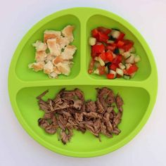 All your questons about feeding a one year old answered with a master list of food ideas for 1 year old toddlers, including a printable sample daily menu. One Year Old Foods, 1 Year Old Meals, Meals For One, Healthy Toddler Meals, Kids Meals, Baby Meals, Toddler Snacks, Baby Foods, Baby Food Recipes