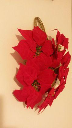 Happy wreath