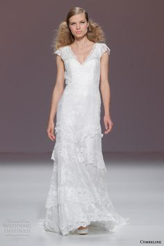 Find Wedding Dresses by Cymbeline thanks to our search engine. Discover the latest tips and trends in Wedding Dresses by Cymbeline. Cymbeline Wedding Dresses, Wedding Gowns With Sleeves, Stunning Wedding Dresses, Wedding Dresses For Sale, Wedding Dress Sizes, Lace Wedding, Wedding Dress Necklace, Bridal 2015, Vintage Inspiriert