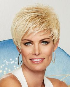 Short Pixie Haircuts, Short Hairstyles For Women, Short Hair Cuts, Short Hair Styles, Layered Hairstyles, Cut Hairstyles, Drawing Hairstyles, Pretty Hairstyles, Cropped Hairstyles