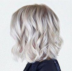 11.Short-Wavy-Hairstyles-2015-2016.jpg (450×445)