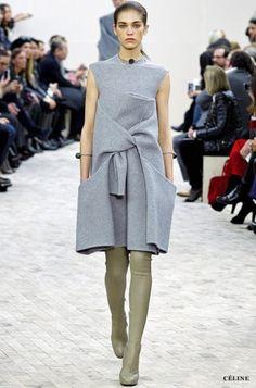 """Pode não parecer novidade, mas o assunto agora são as """"cuissardes"""": botas muuuito longas, com o nome oriundo do francês. Na língua de Paris, """"cuisse"""" quer dizer coxa."""