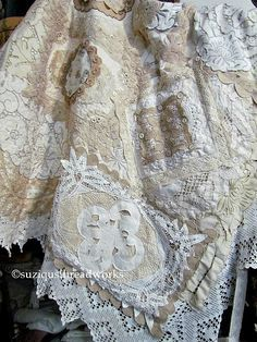 This is the most amazing quilted throw! I can't stop gazing at it longingly. - Suziqu's Threadworks: Layers and Layers of Collaged Lace and Doilies
