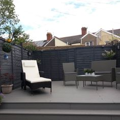 Maritime Grey Edge Composite Decking in Barry, South Wales - Modern Design Grey Garden Furniture, Deck Furniture, Outdoor Furniture Sets, Modern Outdoor Living, Modern Patio, Back Garden Design, Patio Design, Outdoor Deck Decorating, Outdoor Decor