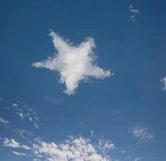 Cloud Art, Star Cloud, Angel Clouds, Sky And Clouds, Cloud Shapes, Gods Eye, Sun And Stars, Natural Phenomena, Beautiful Sky