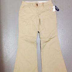 Beige pants Brand new Old navy beige pants Old Navy Pants Boot Cut & Flare