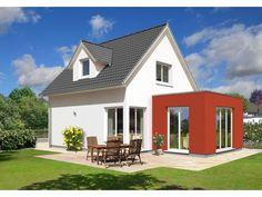 Wohnwunder - #Einfamilienhaus von Town & Country Haus Lizenzgeber GmbH | HausXXL #Massivhaus #Energiesparhaus #klassisch #Satteldach
