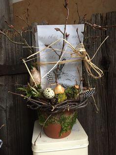 Eine Tüte Frühling - Dekoration von FRIJDA im Garten - Aus einer Idee wurde Leidenschaft auf DaWanda.com