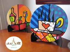 Hermosos Porta calientes pintados a mano, si quieres ver mas visita nuestra… Acrylic Bar Stools, Arte Country, Tea Box, Letter Patterns, Arte Pop, Art Furniture, Folk Art, Craft Projects, Creations