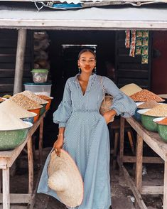 Each level threaded signifies a stage, an advancement and a story, and these are the very things Asiyami Gold wants to share with the world. Black Girl Fashion, Look Fashion, Modest Fashion, Fashion Dresses, Casual Dresses, Sara Foster, Smart Dress, Looks Plus Size, Mode Inspiration