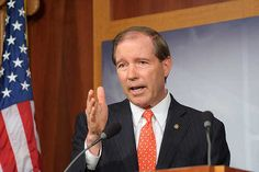 No Contest in NM Senate Race as Popular Democrat Tom Udall Holds Huge Lead