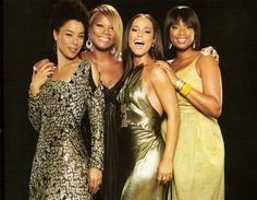 Sophie Okonedo, Queen Latifah, Alicia Keys, and Jennifer Hudson