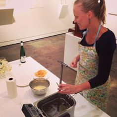#rosettecookies being branded and deep fried by #ElizabethWilling for #Dessert(II) #sugarsugar #art+food