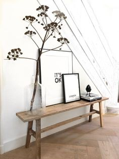Hallway Inspiration, Interior Inspiration, Decoration Entree, Interior Styling, Interior Design, Hallway Decorating, Home And Living, Slow Living, Home Art