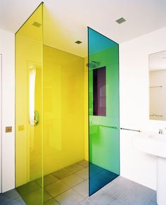Fun, Unexpected Ways to Add a Blast of Color To Your Bathroom