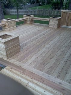 Deck with planters and benches and no need for a railing. #deckdesigner