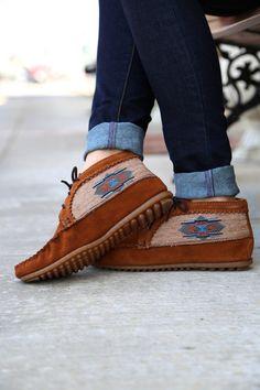 Minnetonka El Paso Ankle Bootie {Brown}