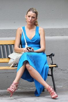 Blake Lively, red high heels, blue dress