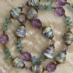 Paper jewelry- Paper Bead Necklace - gorgeous!