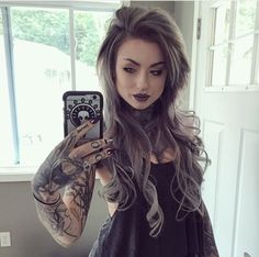 My natural hair is about shoulder length! But here Im wearing VP Fashion extensions and they blend right in! Also if youre interested in a set, plug in my code RYANASHLEY on the VP Fashion website, theres a discount! Hot Tattoo Girls, Tattoed Girls, Inked Girls, Ryan Ashley Malarkey, Sexy Tattoos, Girl Tattoos, Mujeres Tattoo, Good Hair Day, Facon