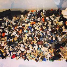Massive #Lego job lot in this week. #webuy - over 230 mini figures. Lots of sorting out to do here!  #starwars #starwarstheforceawakens #starwarsnerd #legostarwars #legostagram #legophotography #legominifigures #jedi #lightsaber #minifigures by lovedaybuyer