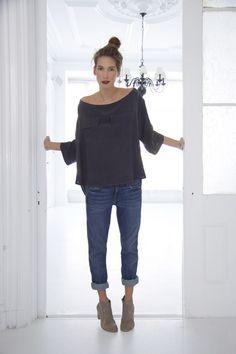 rolled denim jeans + oversize top + perfect little booties http://Pinterest.com/Treypeezy http://OceanviewBLVD.com
