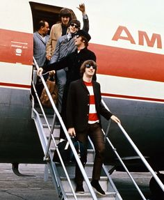 Pinterest | hardtosayno . . . The Beatles, Portland Airport, August 1965.