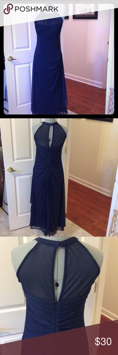 Formal gown navy blue Davids Bridal navy blue long gown. Zipper back, size 8 and good condition David's Bridal Dresses Wedding