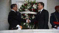 Depositan ofrenda en Altar de la Patria para iniciar actos por el Día del Poder Judicial