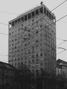 the munich red cross hospital -  http://www.deadbirds.org/blog/munich-red-cross-hospital/ #redcross #hospital #architecture #munich #blackandwhite