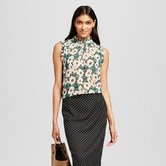 Women's Ruffle Trim Shell Green Floral XS - Who What Wear