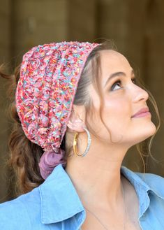 """🌸🌼🌸ONE TIE HEADBANDֱֱ!! Stately Colorful Lace flowers handmade headband fashionable and so comfortable. This """"Mitpachat"""" is worn for show some hair. #headscarf #Inspire #HeadwrapsStyle #Turban #summerstyle #beautiful #beauty #fashion #style #love #jew #jewish #judaic #judaica #judaism #hebrew #hebrewlanguge #ashkenazi #religion #religious #israel #israeli #tichel #tichels #mitpachat #headcovering #modesty #beautiful #jewishwomen #mitpachatrap #haircovering Handmade Headbands, Floral Headbands, Red Headband, Workout Headband, Lace Flowers, New Pins, Black Laces, Bandana, Judaism"""