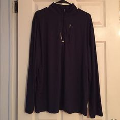 Men Navy blue Reebok sweater Tag was taken off but never used no trade Reebok Jackets & Coats