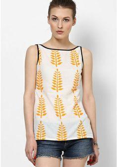 22 Ideas for sewing patterns for women tops tanks shirts Short Kurti Designs, Kurti Neck Designs, Blouse Designs, Kurti With Jeans, Short Kurtis, Boho Outfits, Fashion Outfits, Crop Top Designs, Short Tops