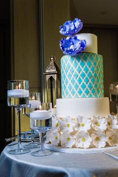 Tres chic wedding cake byThe Frosted Cake Boutique