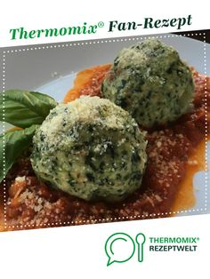 """Spinach dumplings on tomato ragout (from """"This is how Austria enjoys"""") from mixsusilein. A Thermomix ® recipe from the main course with vegetables category at www.de, the Thermomix ® Community. Spinach dumplings on tomato ragout (from """"T Vegetable Stew, Vegetable Drinks, Vegetable Recipes, Greek Recipes, Keto Recipes, Dinner Recipes, Healthy Recipes, Lacto Vegetarian Diet, Vegetarian Recipes"""