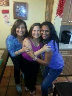 Blanca Bobbio, Angela Hidalgo y amiga. Diciembre 07, 2014.