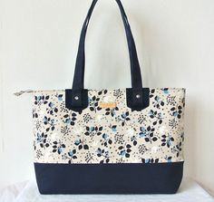 Canvas large tote bag, Zippered, BIrd and leaves Navy